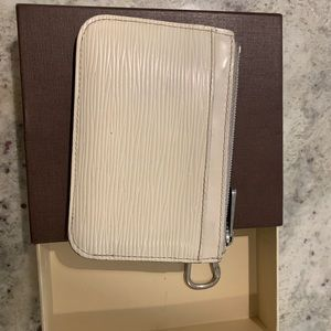 Louis Vuitton wallet on chain